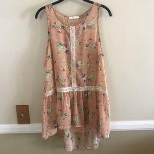 Floral flowy blouse